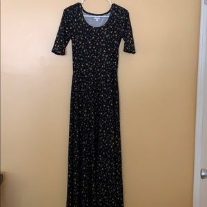 LuLaRoe Dresses - LulaRoe Ana dress Small never been worn no tags